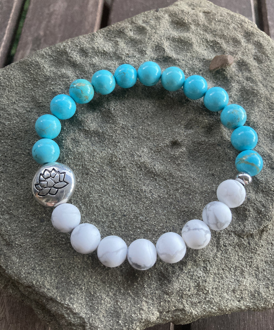 Turquoise & White Howlite Lotus Flower Stretch Bracelet