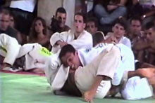 Royler Gracie Competition Tested Techniques DVD 1: Throws and Sweeps 3