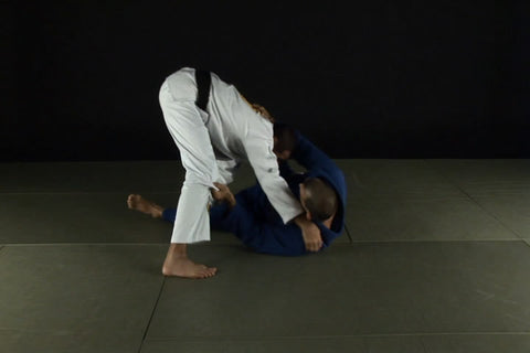 Royler Gracie Competition Tested Techniques DVD 2: Guard and Half-Guard Passes 3