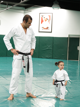Baby & Toddler Gi by Gracie Academy - Budovideos Inc