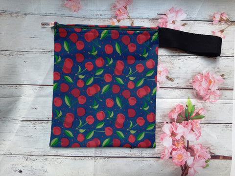 Cherries on Navy - Handy Poppins Pouch Lunch Bag, Clutch