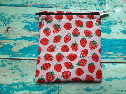 Juicy Strawberries - Small Poppins Pouch Washable Snack Bag