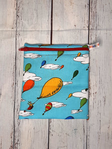 Hot Air Balloons - Small Poppins Pouch Washable Snack Bag