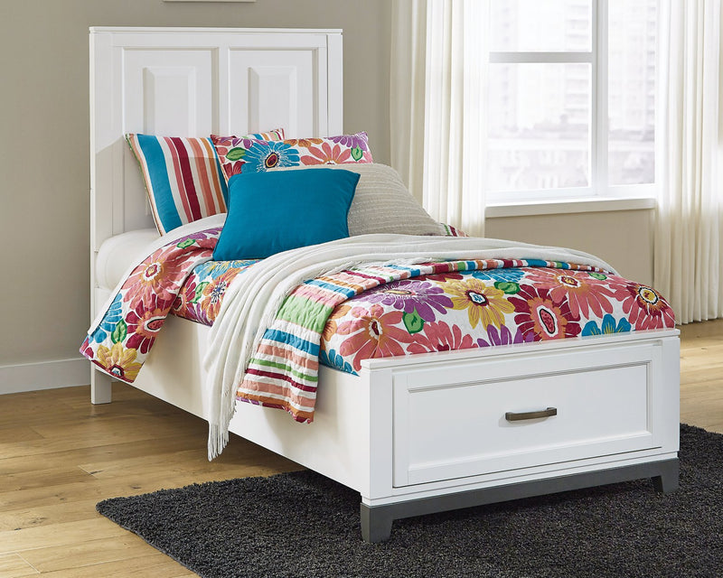 Brynburg Benchcraft Twin Panel Bed image