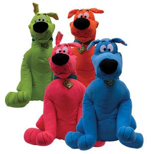 Giant plush toy based on the Scooby Doo cartoon series