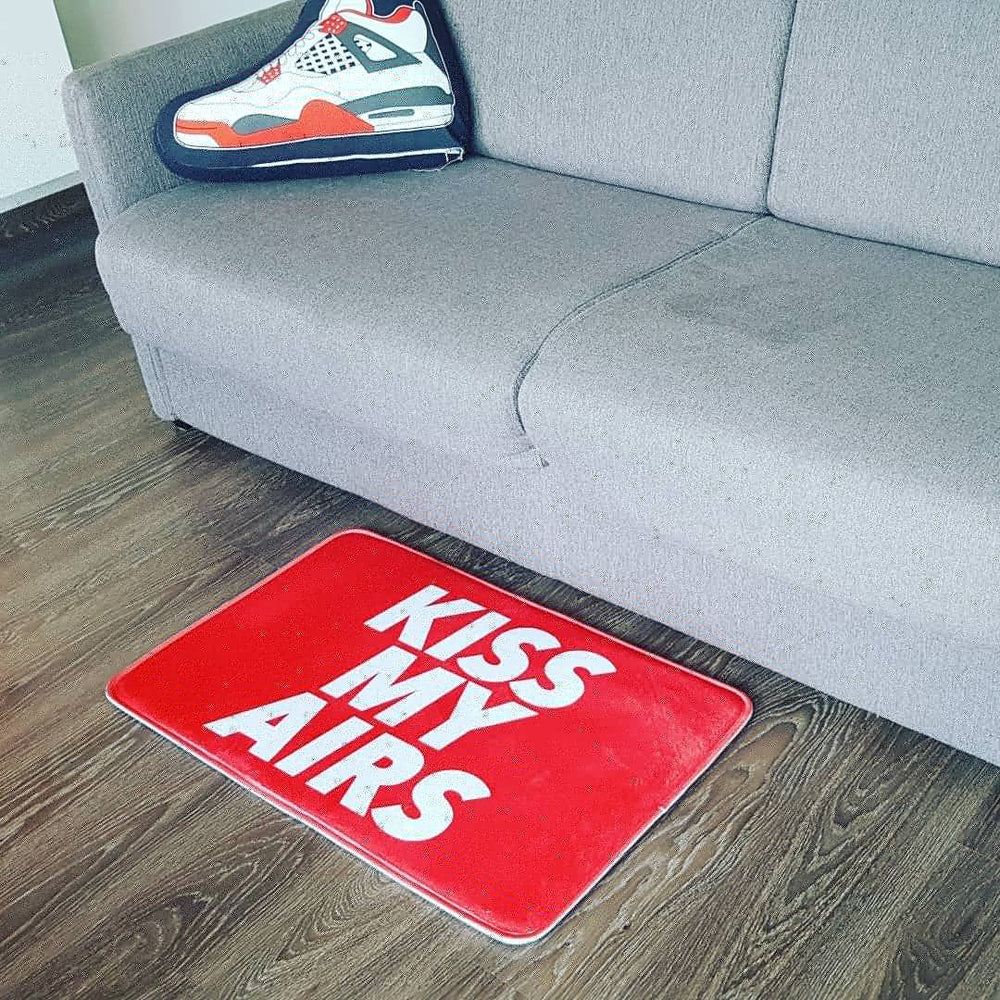"TAPIS XL - ""KISS MY AIRS"" - Sneakers Dealers-Paris"