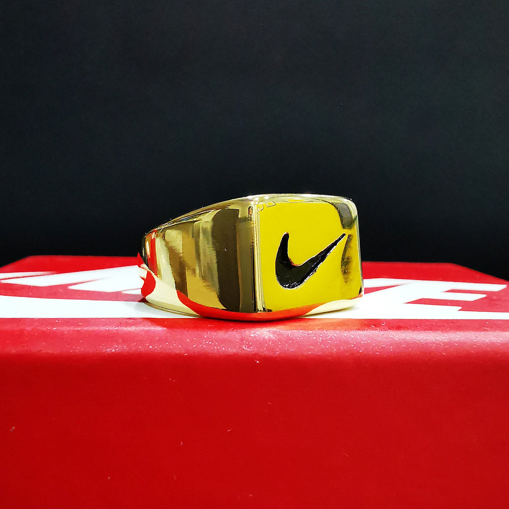 Bague Chevalière Lauren - Gold Swoosh - Sneakers Dealers-Paris