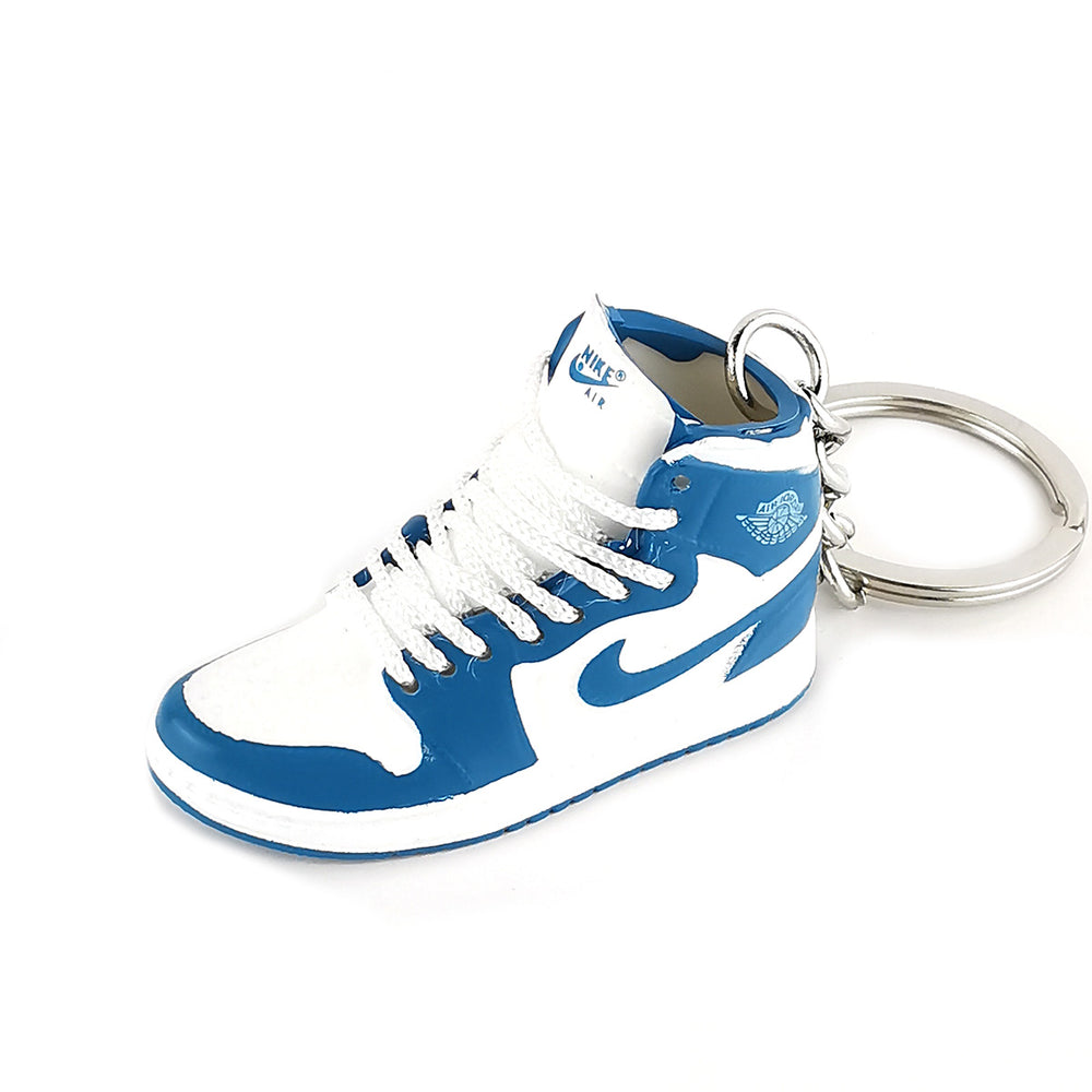 Mini Sneakers Keychain - Air Jordan 1 High OG UNC