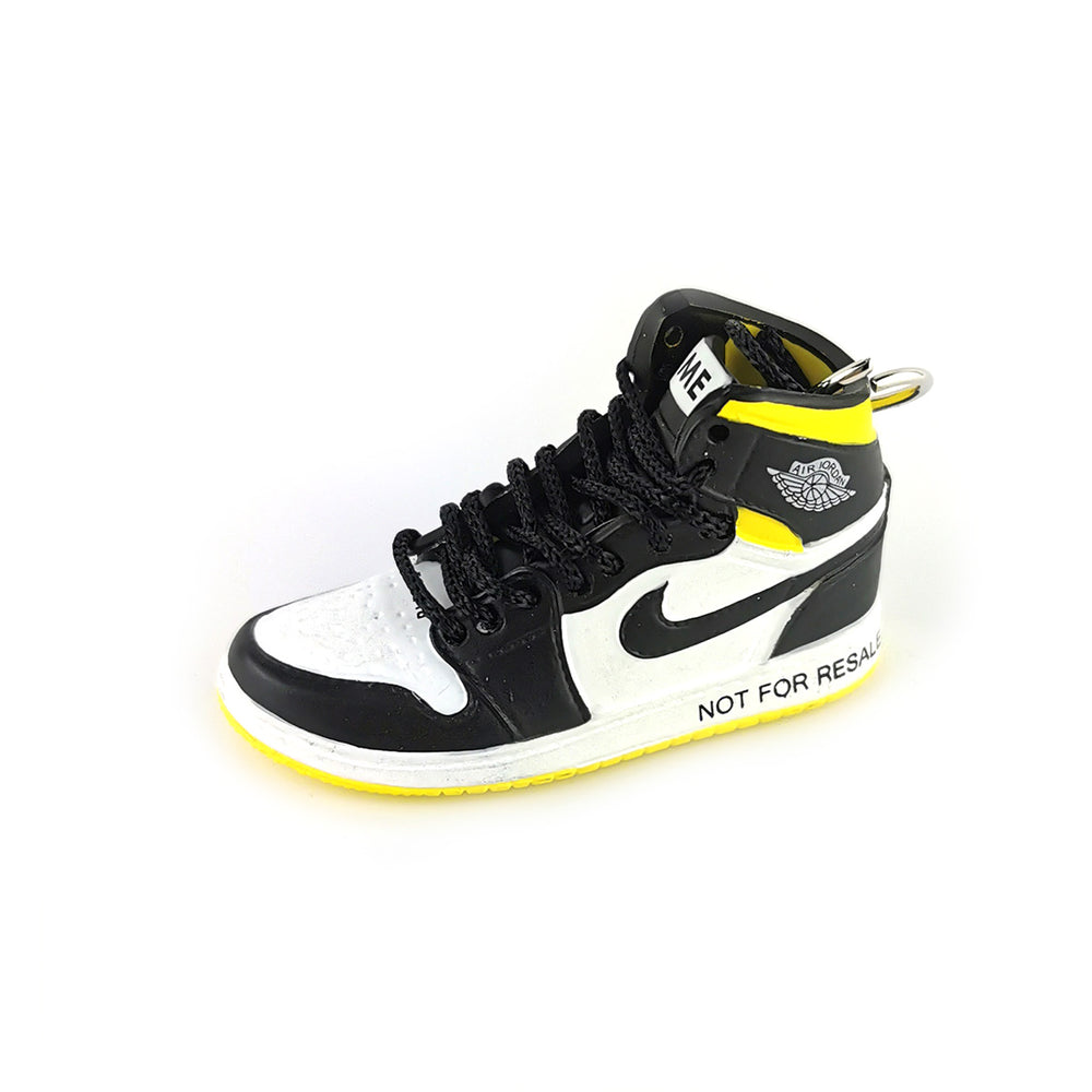 Mini Sneakers Keychain - Air Jordan 1 No L's Varsity Maize