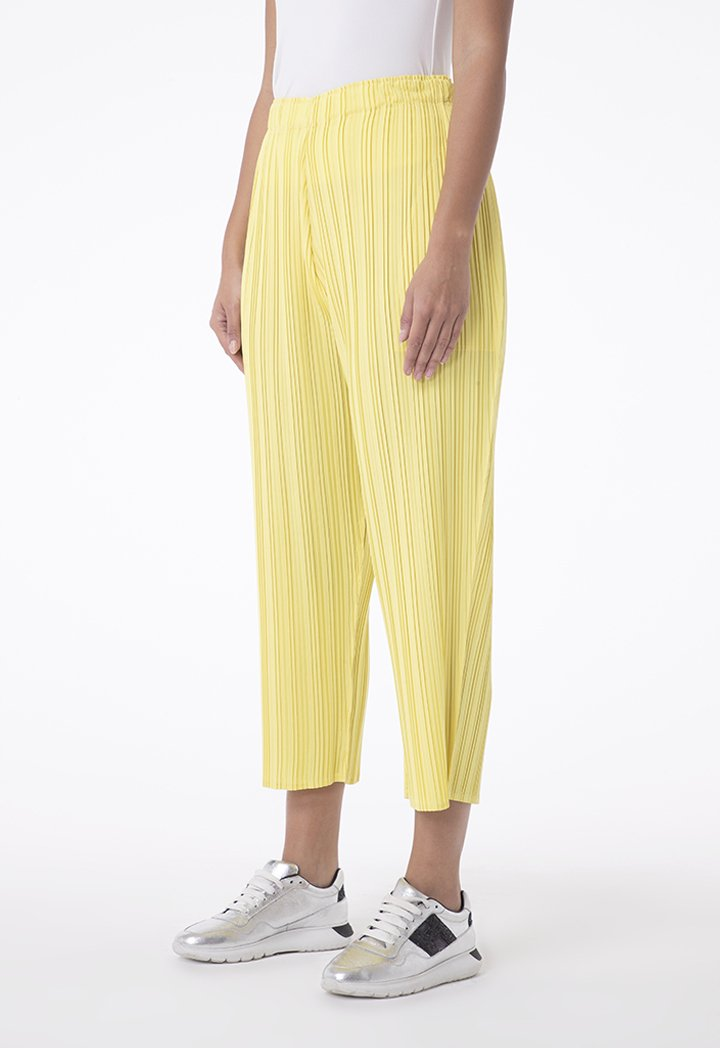Choice Pleated Cropped Pants Yellow
