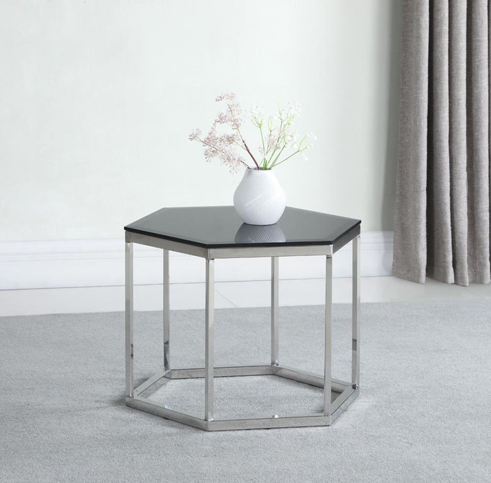 G934148 Accent Table image