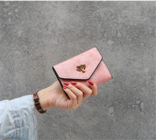 Load image into Gallery viewer, Trendy wallet women short retro small tree wild card bag coin purse