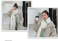 Load image into Gallery viewer, Unisex winter color matching scarf keeps warm and windproof