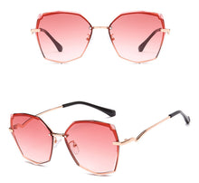 Load image into Gallery viewer, New fashion cut-edge sunglasses personality retro frame sunglasses