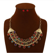 Load image into Gallery viewer, Vintage inlaid gemstone ladies exaggerated earrings necklace set ladies jewelry