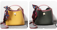 Load image into Gallery viewer, Fashionable female bag fresh and fashionable crossbody messenger bag