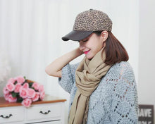 Load and play video in Gallery viewer, Hat autumn and winter ladies leopard print warm woolen baseball cap fashion cap