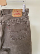 Load image into Gallery viewer, Vintage Taupe Levi's 501 (30X30)