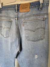 Load image into Gallery viewer, Vintage Levi's Orange Tab 517 (35X31.5)