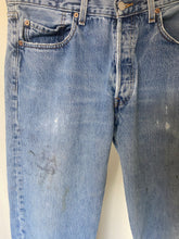 Load image into Gallery viewer, Vintage Faded Levi's 501XX (32X32)