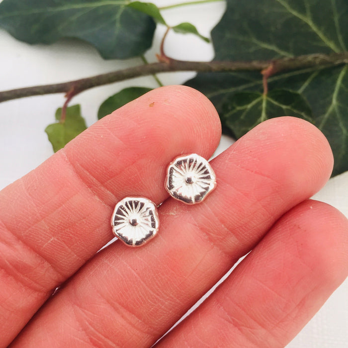Round Flower Stud Earrings