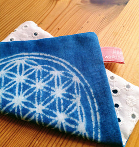 Coaster with flower of life Design