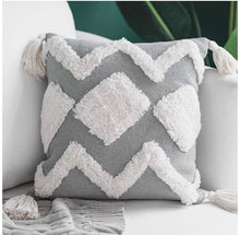 Load image into Gallery viewer, Boho Tufted Tassel Throw Pillow