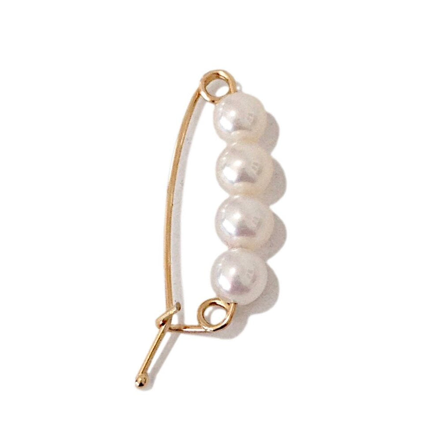 SAFETY PIN PEARL EARRING