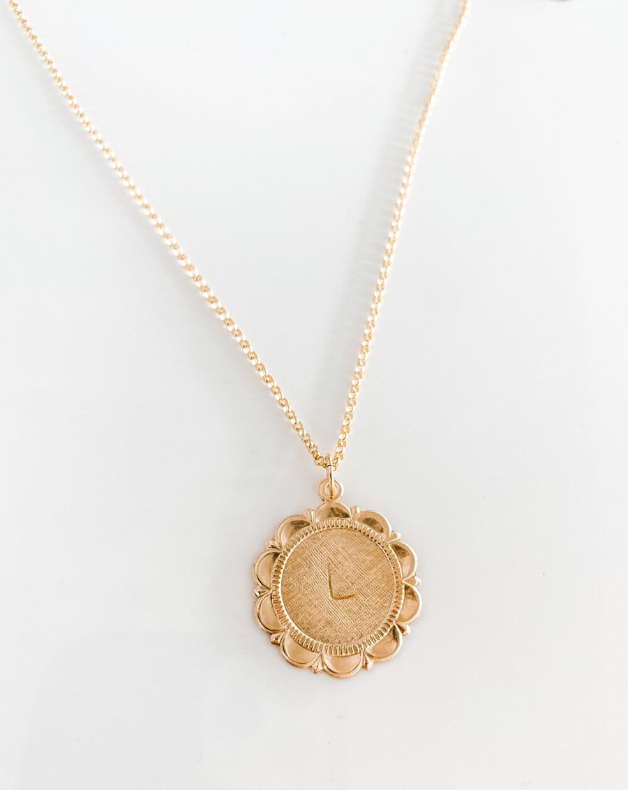 THE CAITLIN PENDANT NECKLACE