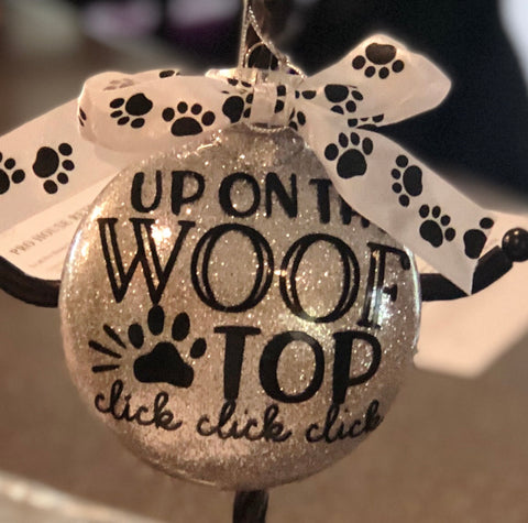 Ornament Up on the Wooftop