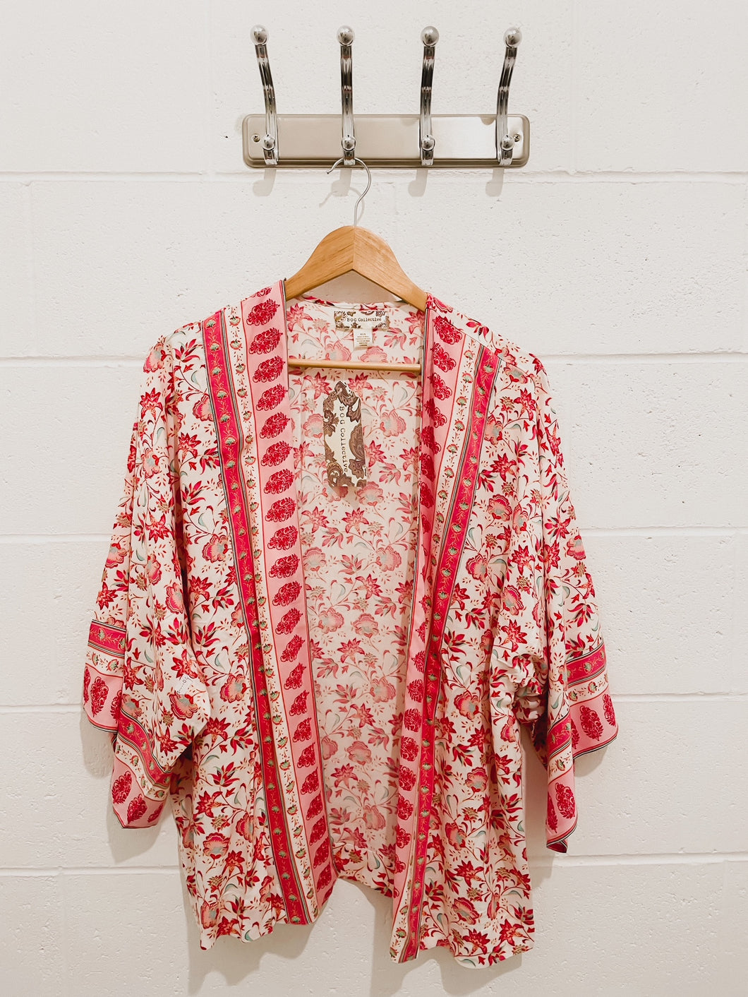 Band Of Gypsies Kimono - Coral / Cream