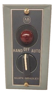 Allen Bradley   800S-R3SXP     Pilot Light 3-Position Selector Switch with Legend - HandOffAuto -