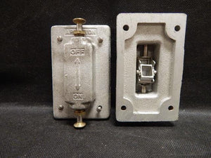 Appleton   FSK-1VTS     1 Gang Tumbler Switch Cover Malleable Iron