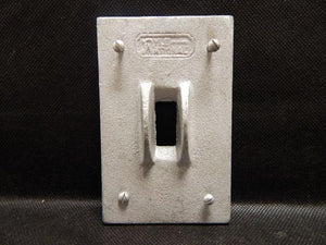 Crouse Hinds   DS32G     1 Gang Switch Cover FS with Guard Malleable Iron
