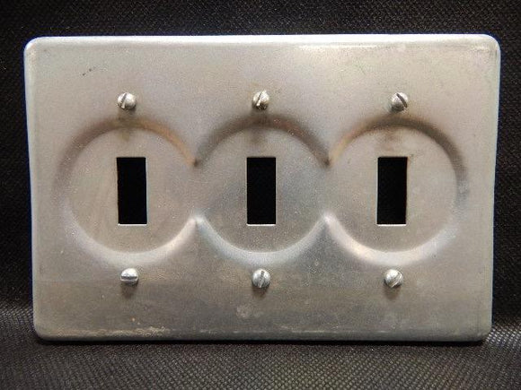 Crouse Hinds   S323     3 Gang Switch Cover FS Steel