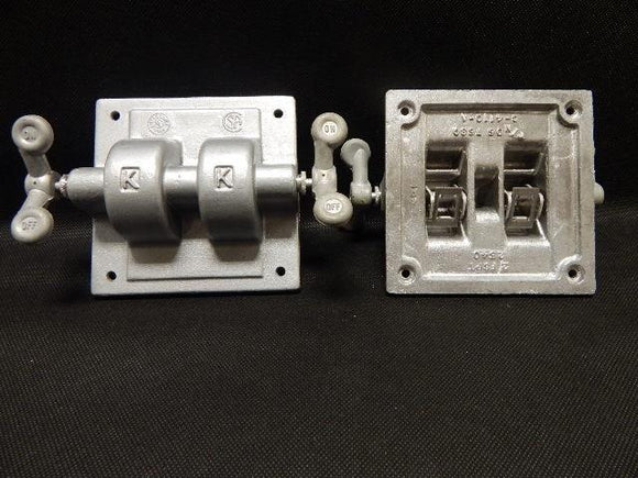 Killark   2-FSPT       2 Gang Tumbler Switch Cover FS Aluminum