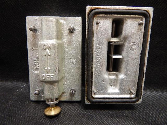 Pyle National   XC-100     1 Gang Tumbler Switch Cover Malleable Iron