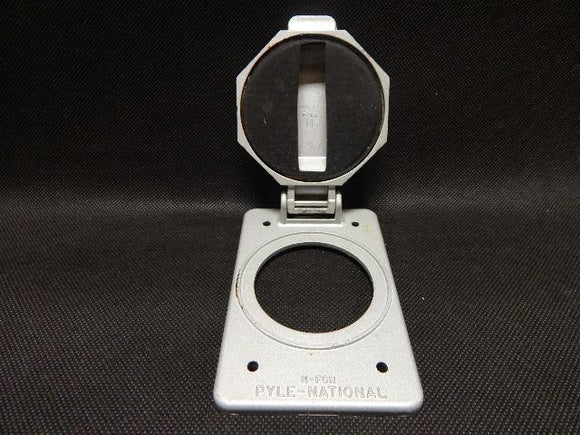 Pyle_National___N-FCR_______1_Gang_Rnd_Hole_Fliplid_Cover_FS_Aluminum