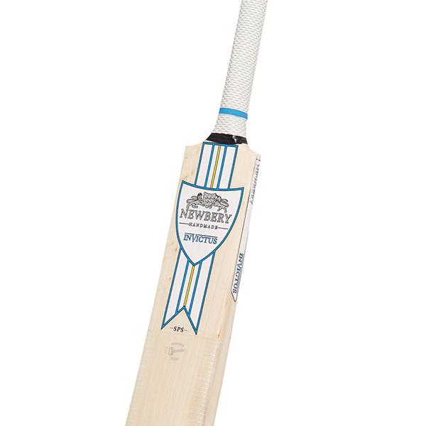 Newbery Invictus 5 Star Cricket Bat Front Close-up