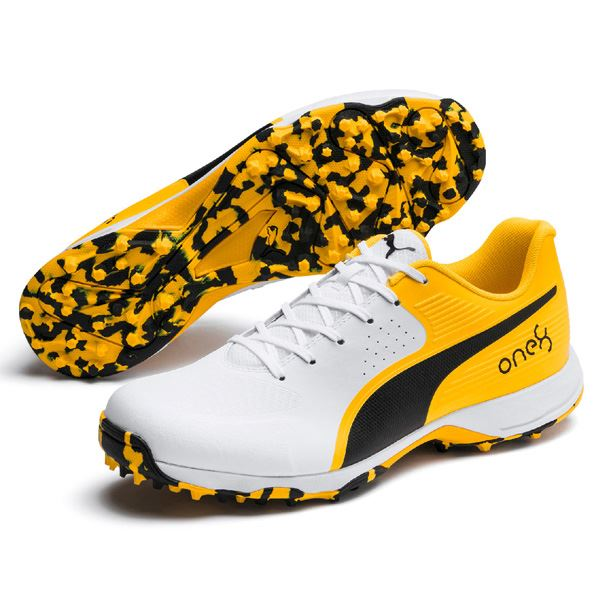 Puma 19 FH Rubber Cricket Shoes