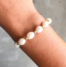 Load image into Gallery viewer, Beaded Pearl Bracelet
