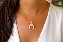 Load image into Gallery viewer, Small Double Horn Necklace