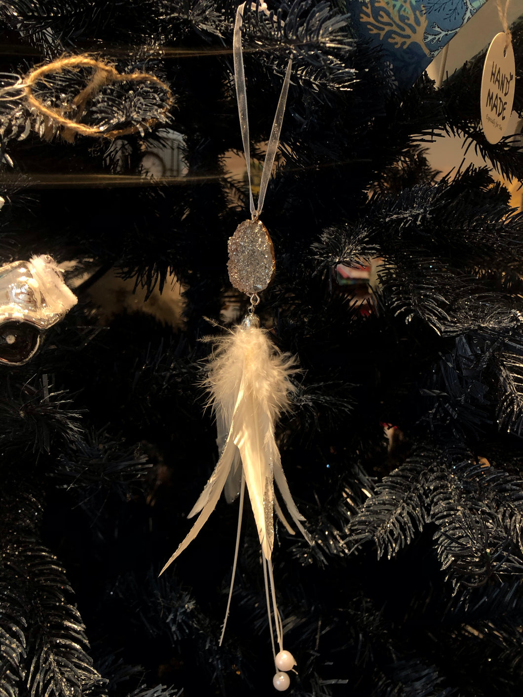 Feather dangling tree decoration