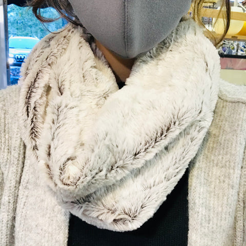 FAUX FUR SOFT COWL