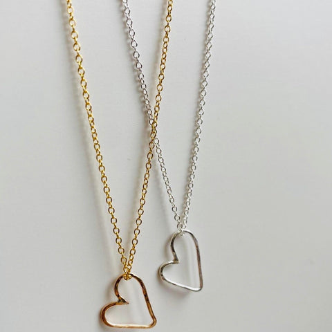 WONKY HEART NECKLACE