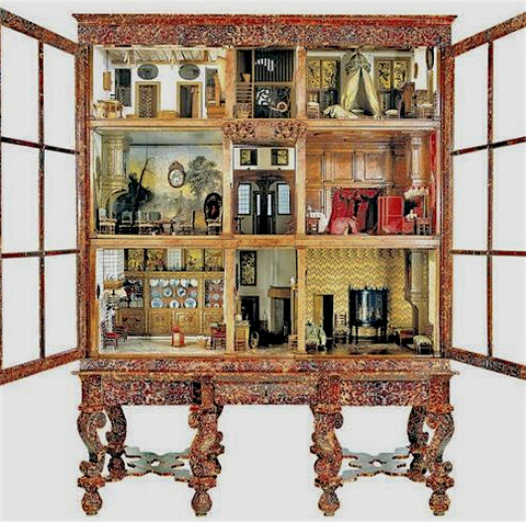 doll house history