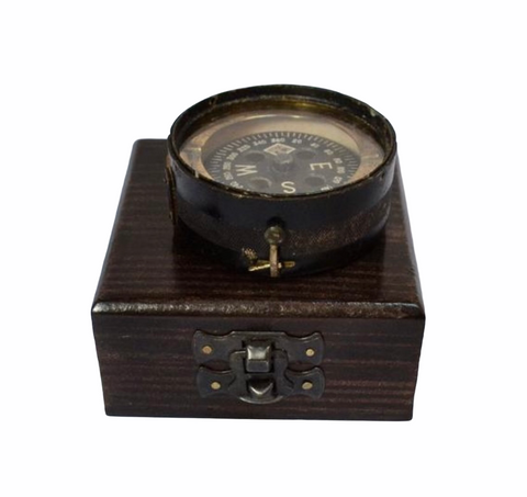 Antique Black 1944 British Forces Magnetic Training Compass in a wood box