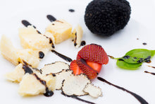 Load image into Gallery viewer, PGI Balsamic Vinegar from Modena with Summer Truffle (1.69 fl oz)
