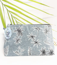 Load image into Gallery viewer, Aloha Print Pouch