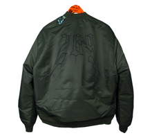 Lade das Bild in den Galerie-Viewer, SKULL BOMBER JACKET
